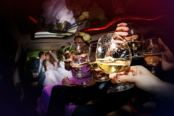 Celebrate Your Wedding in a Limo